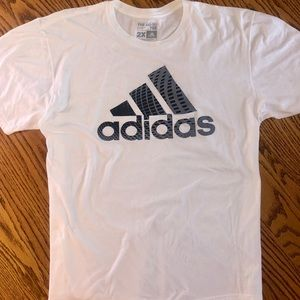 Men's Adidas Performance T-shirt. Size XXL